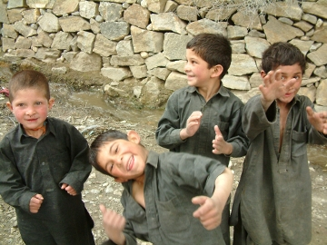 Ev-K2-Cnr Progetto Karakorum Trust Bimbi